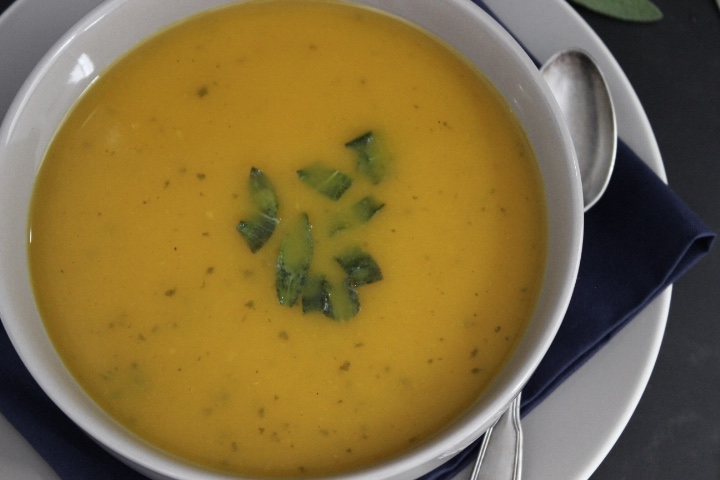 roasted squash soup with curry and sage