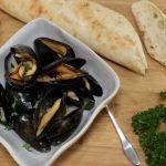 steamed mussels white wine lemon garlic