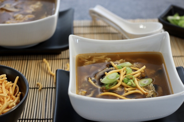 egg drop soup with chicken and mushrooms