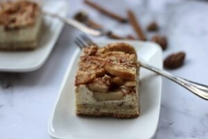apple cream cheese squares